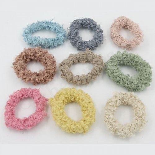 CORAL FLEECE SCRUNCHIE